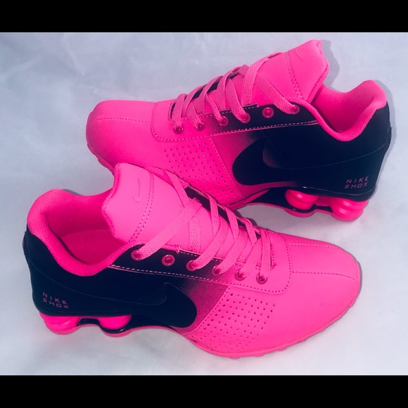 7bbfc23fb9e43d ... netherlands womens nike shox deliver running shoes black pink db99e  9f0e6